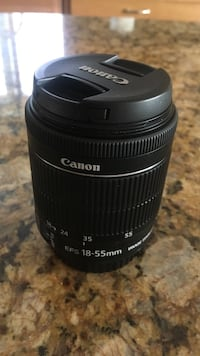 Black Canon EFS 18-55mm camera lens (great condition)