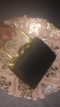 Black and gold small clutch Calgary, T2E 1A5