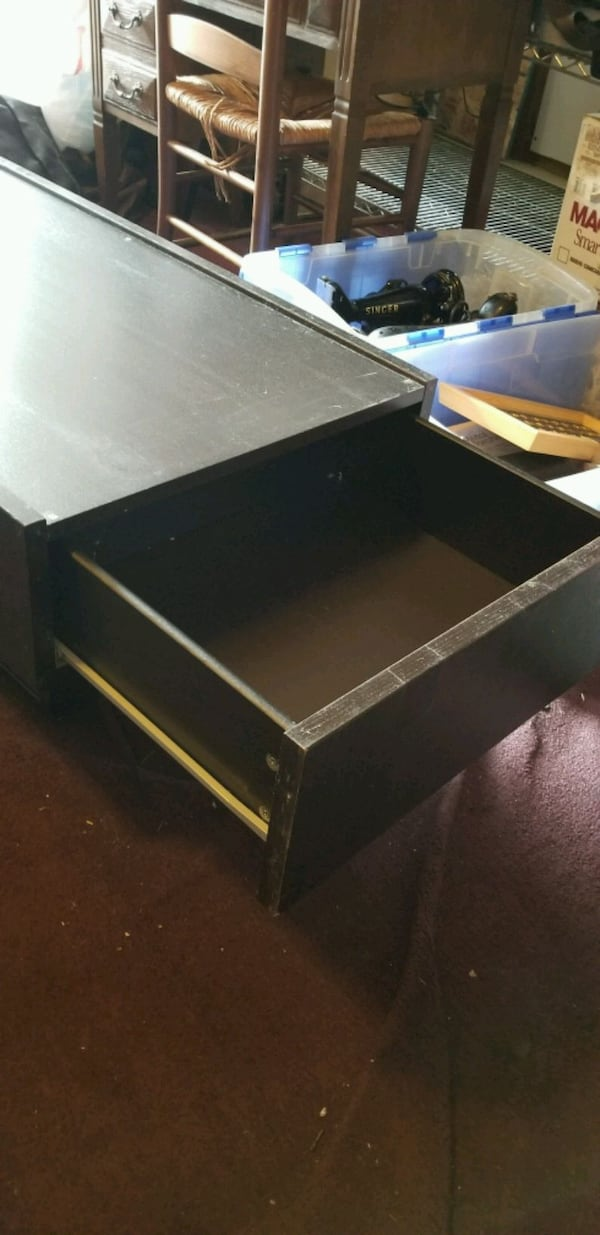 Coffee table with drawers bd299742-cf35-4f8a-b06f-251e0cc27023