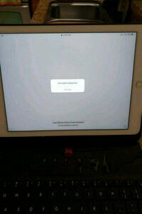 iPad Air 1year old hardly used  price negotiable Chandler, 85225