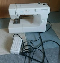 KENMORE 7 Model 385 Portable Sewing Machine Hyattsville, 20783