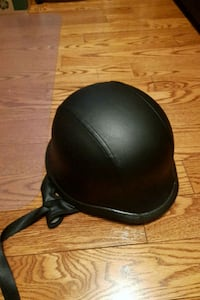 New leather helmet Whitby, L1P 1N8
