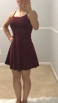 women's maroon and black dress Sterling Heights, 48312