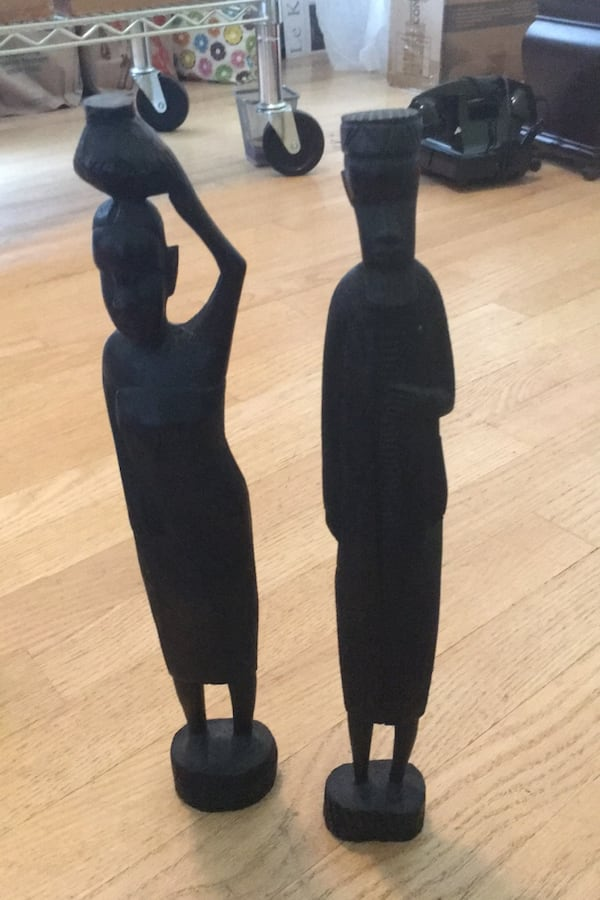 Hand carved statuess from Kenya db175a30-0284-45db-8188-4cfa1be4fe80