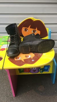 Kids size 1 riding boots  Chilliwack, V2P 3N5