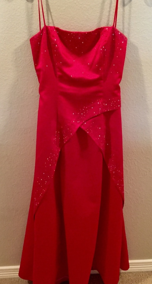 c4960d26a Used Red Gown - Size 11/12 for sale in McKinney - letgo