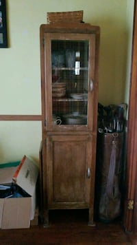 brown wooden framed glass display cabinet Boonville, 47601