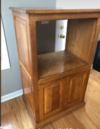 brown wooden cabinet with hutch!! Clarksville, 37042