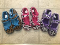 New and like-new...Comfy and cute girl 11/12 slipper shoes Bellmawr, 08031