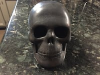 Black skull ceramic' 7x7 Houston, 77040