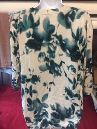 white and green floral button-up sweater Winnipeg, R2L 0L7