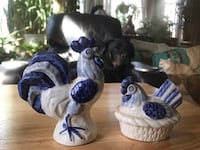 Vintage delft style rooster salt and pepper shakers  Alexandria, 22315