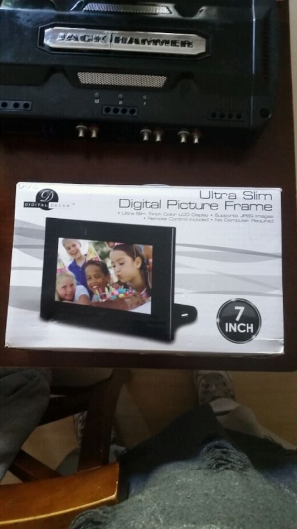 Used 7 Inch Ultra Slim Digital Picture Frame 20 For Sale In Barrie
