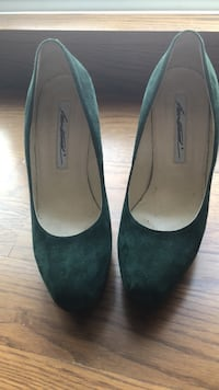 Designer Brian Atwood shoes Toronto, M2N 2A2