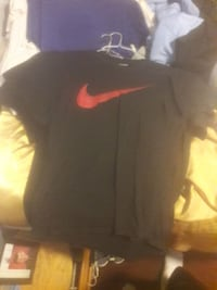 black and red nike t shirt  McKees Rocks, 15136