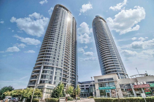 condo for rent 1 bedroom 1 bath close to 401 and kenndy road new unit  kitcen washroom  laundry on suite parking and locker included  , condo for rent