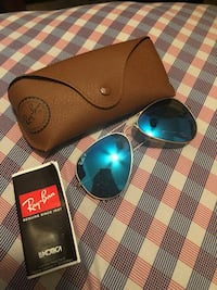 Black ray-ban aviator sunglasses with case Gainesville, 32608