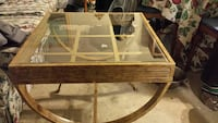 Glass top table in great condition  Milford, 01757