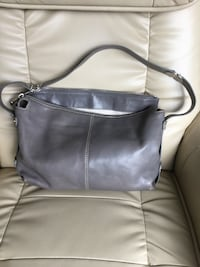 Authentic Michael kors leather purse  Surrey, V4N