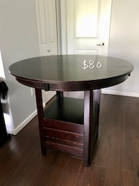 Counter-Height Dining Table - Brown 科奎特兰, V3E