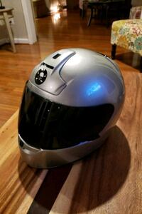 Shoei RF-900 Motorcycle Helmet. Beautiful condition. Vented.  Burke, 22015