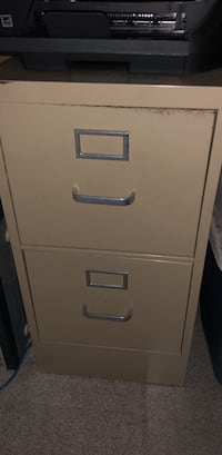 2 drawer metal file cabinet Wilmington, 28405