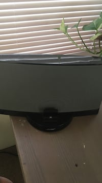 Bose sound dock series iii and charger. works great.