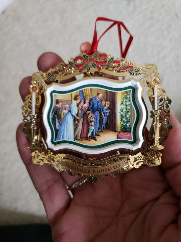 2011 Collectible White House Christmas Ornament b7f32c27-09d2-47f6-a4c3-eb0dc30af53b