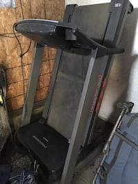 Treadmill in very good condition everything works on it Los Angeles, 90023