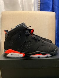 Jordan 6 infrared size 6 Worn twice looking for a size trade for a 5.5