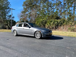2009 BMW 3 Series 328xi Sedan