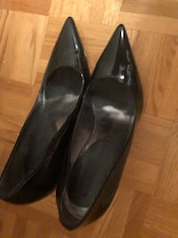 Black high heels shoes size 8.5