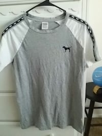 gray and black crew-neck shirt Bakersfield, 93306