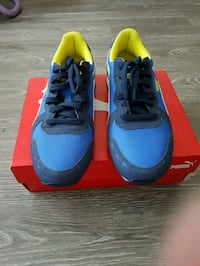 pair of blue-and-yellow Nike sneakers Edmonton, T5T