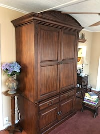 """Colonial TV Cabinet holds 40 """" Hudson, 34667"""