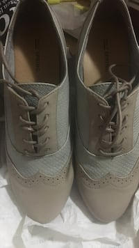 Women's shoes size 8 - brand new  Surrey, V3S 3T3