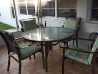 Patio set, no rust, includes new cushions