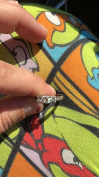 silver-colored ring with clear gemstones Breaux Bridge, 70517