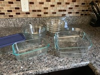 Assorted glass bowls and baking dishes Fairfax, 22031