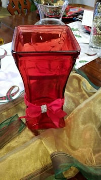 Glass vase (red) Triangle, 22172