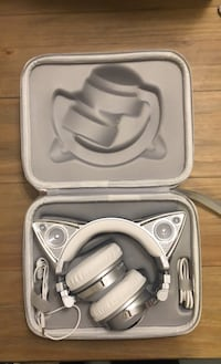 Headphones - Brookstone Ariana Grande Cat Ears Limited Edition Sterling, 20165