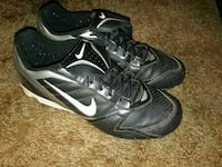 Baseball cleats mens size 9 1/2  Oklahoma City, 73107