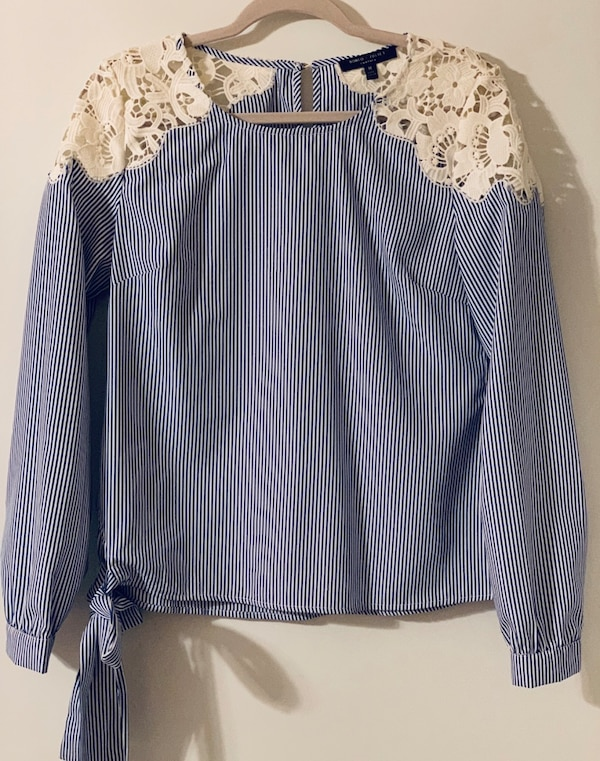 025855587c4 Used Romeo & Juliet Couture Blouse, Size M for sale in Philadelphia - letgo