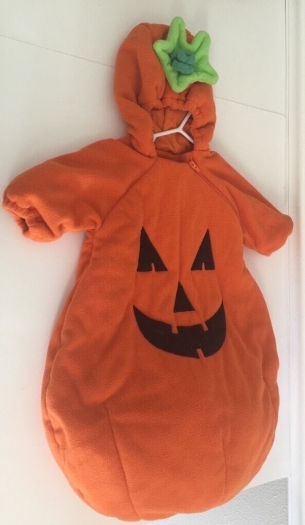 Used Baby Pumpkin Costume One Size Fits Most Baby s 2-9 Months for sale in Port  Saint Lucie fd07d4140
