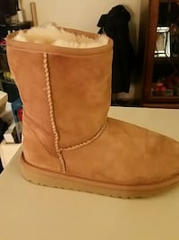 Ugg boots Middletown, 06457