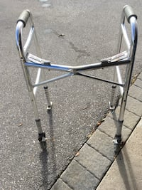 adult walker very good condition Vaughan, L4L 5G2