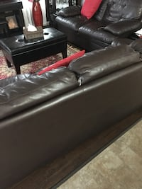 Black leather bed with mattress Calgary, T3P