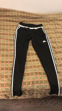 Black and white adidas track pants Oshawa, L1K