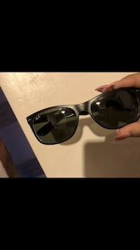 Ray ban sunglasses Commerce, 90040