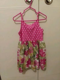 Girls dress size 4t Cincinnati, 45238